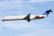 McDonnell Douglas MD-81