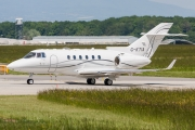 Raytheon Hawker 900