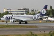 Embraer 175