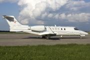 Bombardier Learjet 40