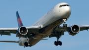 Boeing 767-400