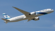 Boeing 787-900
